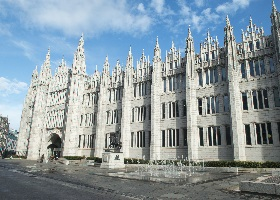 Marischal College and Fountain